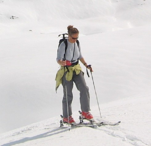 ski-touring-step-binding.jpg